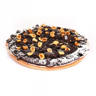 Pastel de chocolate y avellanas